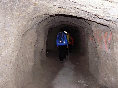 Túnel al comienzo de la ruta.