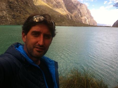 Yo y la laguna de Llanganuco.