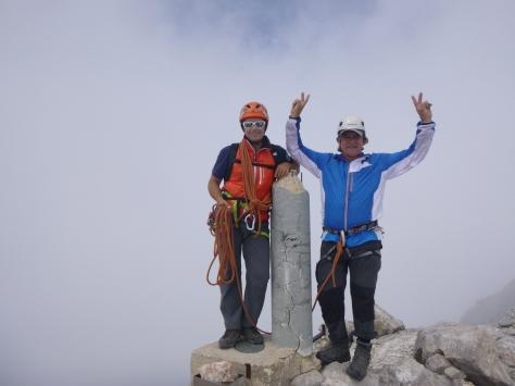 Cumbre de Torrecerredo junto al guia.