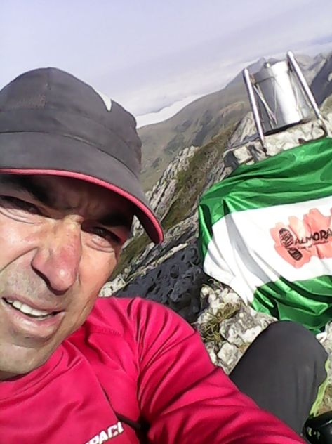Antonio en la Cima de Euskadi, Aztxuri (1.551 mts).