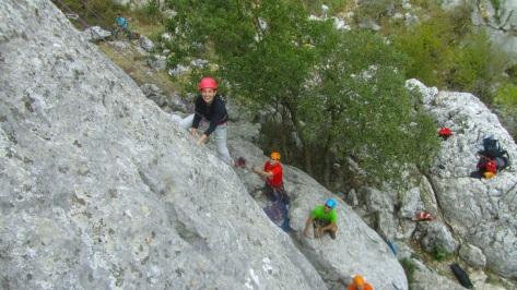 Lourdes en un momento de la escalada.