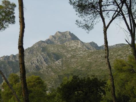 Vista de la Cara Sur de la Concha llegando a Nagüeles.