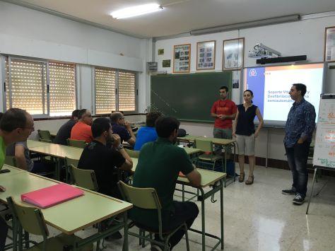De Izq. a Dch. Antonio Villaba, Lourdes Jabalera y Pedro Reyes.